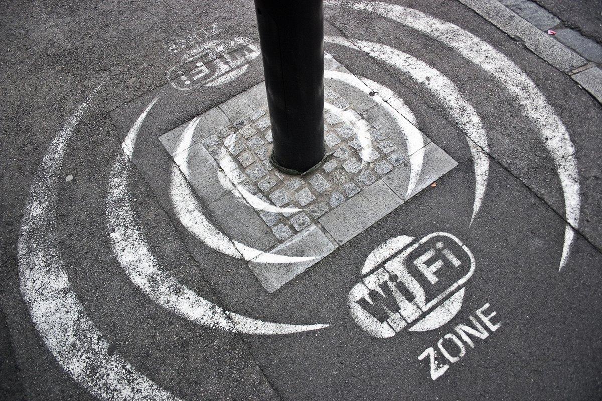Free Wi-Fi gratuit