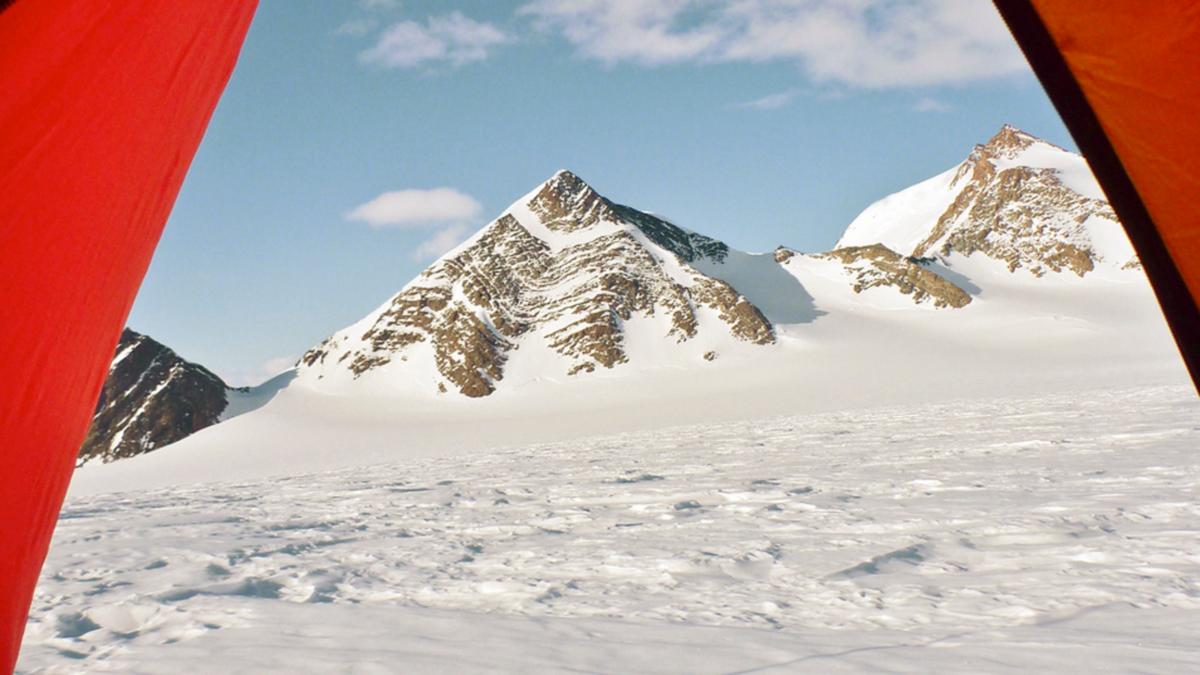 airbnb-antarctique-3.png