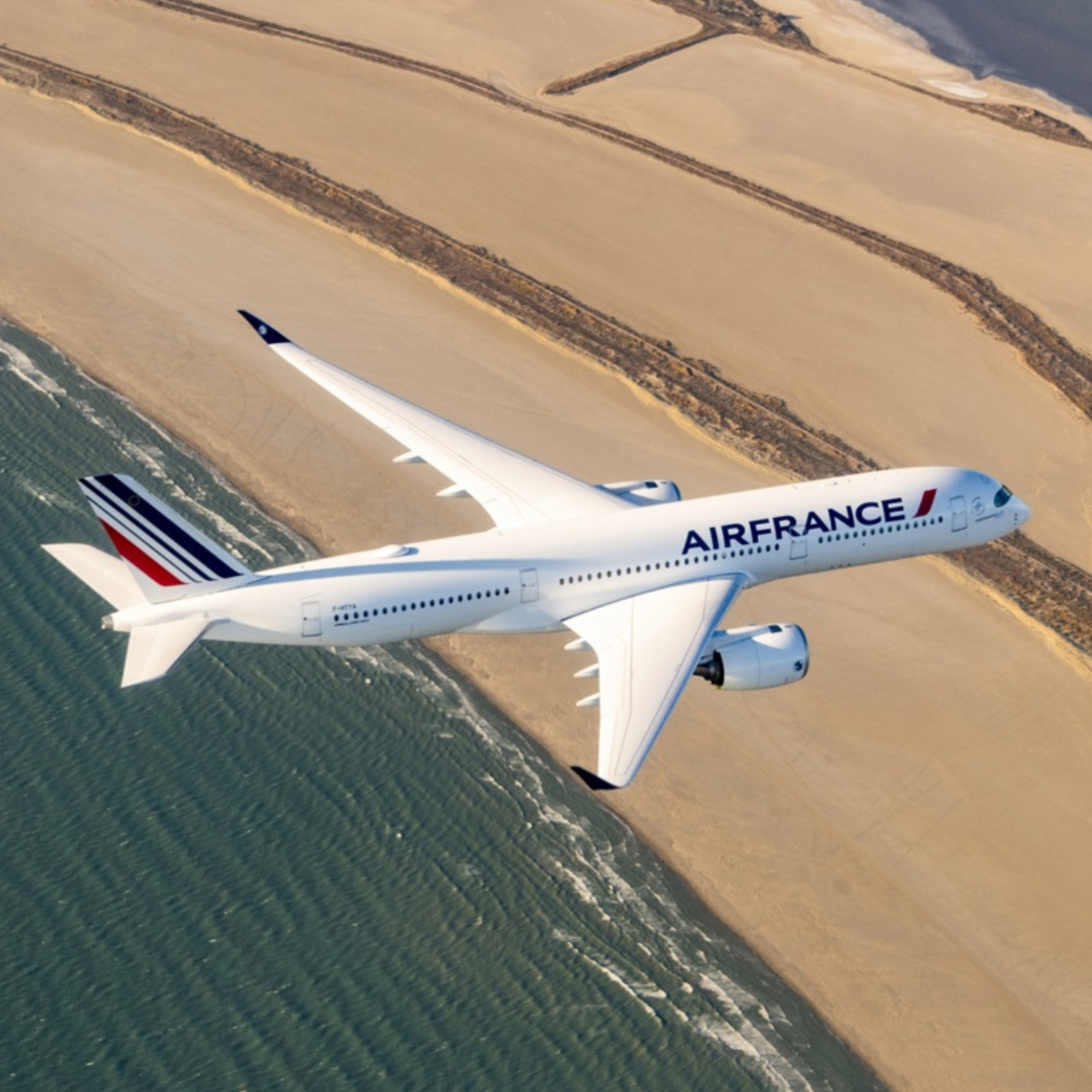 the first model of the latest Air France aircraft appeared in Paris