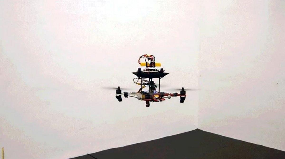 Batterie volante drone