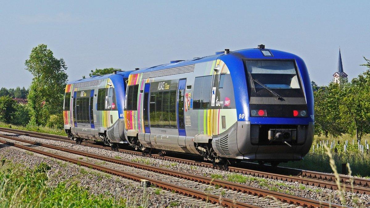 train-diesel-sncf.jpg