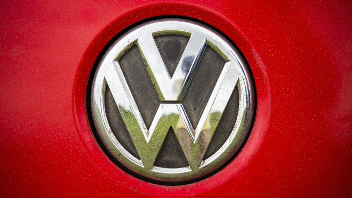 logo-volkswagen-carré.jpg