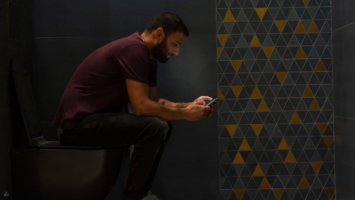 toilettes-smartphone-WC-mobile.jpg
