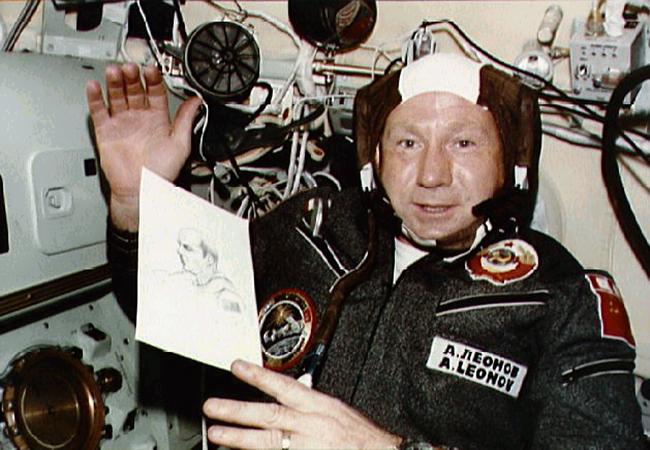 Le cosmonaute Alexei Leonov, premier marcheur de l'espace, est décédé