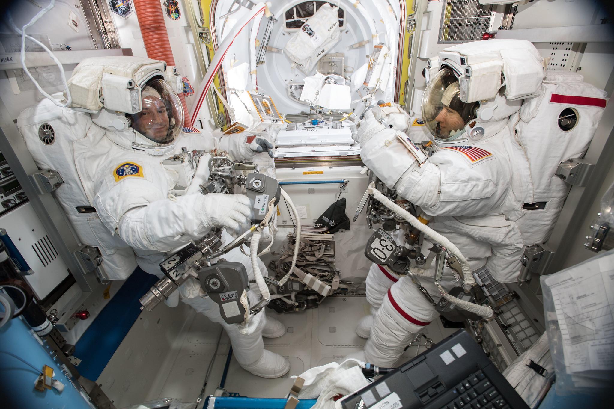La NASA veut de nouveaux scaphandres dédiés à l'exploration