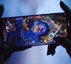League of Legends sur smartphones, FPS, JCC et série animée : le programme chargé de Riot