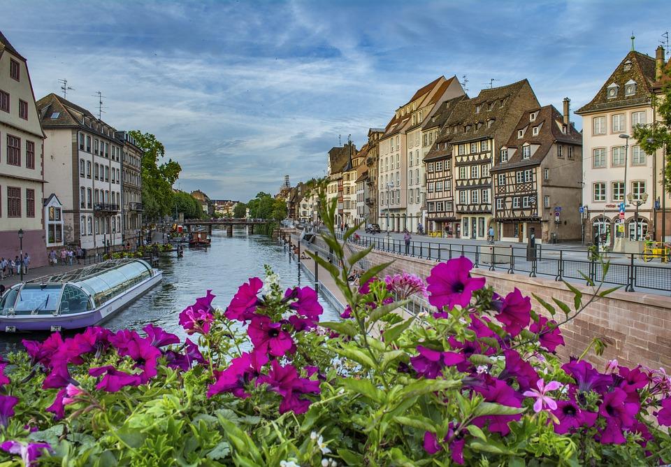 Baromètre nPerf de l'Internet mobile : Strasbourg en tête devant Rouen et Nantes