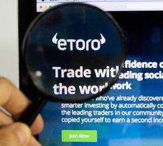 eToro lance un cryptowallet indexé sur l'analyse de tweets