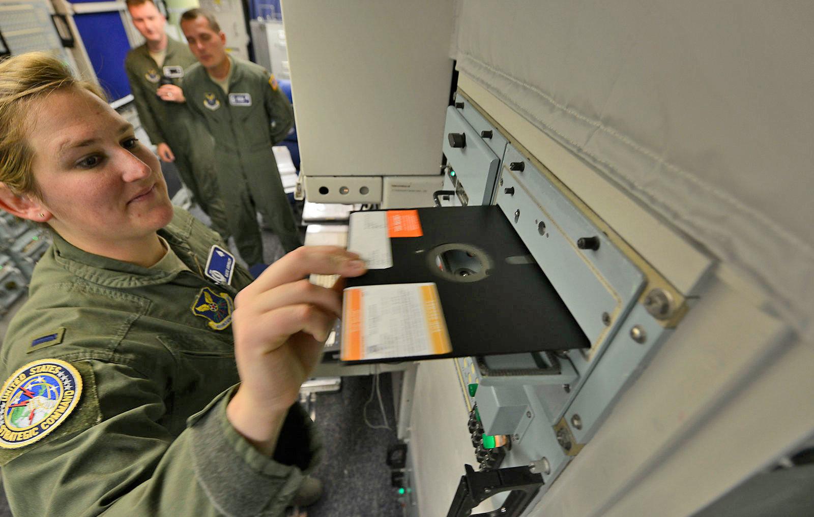 L'armée américaine n'utilisera plus d'antiques disquettes pour coordonner ses frappes nucléaires