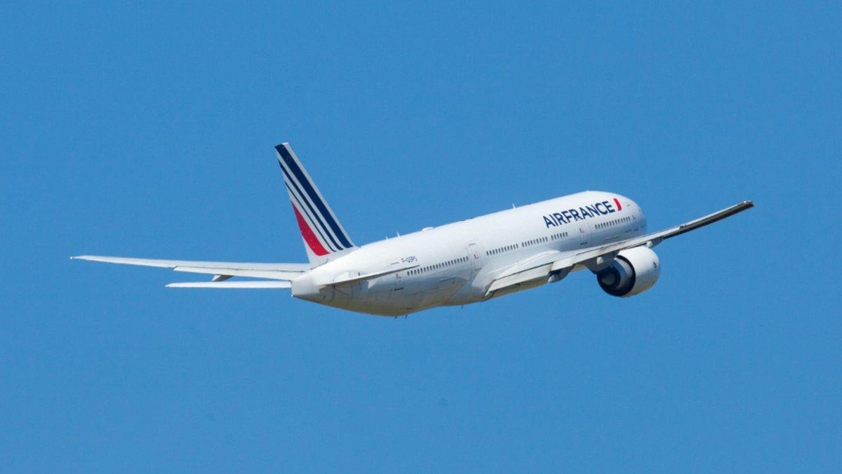 Air-France-Boeing-777-200.jpg © Air France