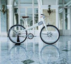 Coleen dévoile son nouveau vélo électrique