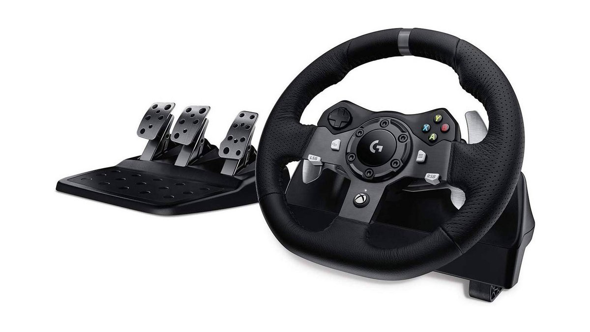 Logitech G920 Driving Force pedalier.jpg