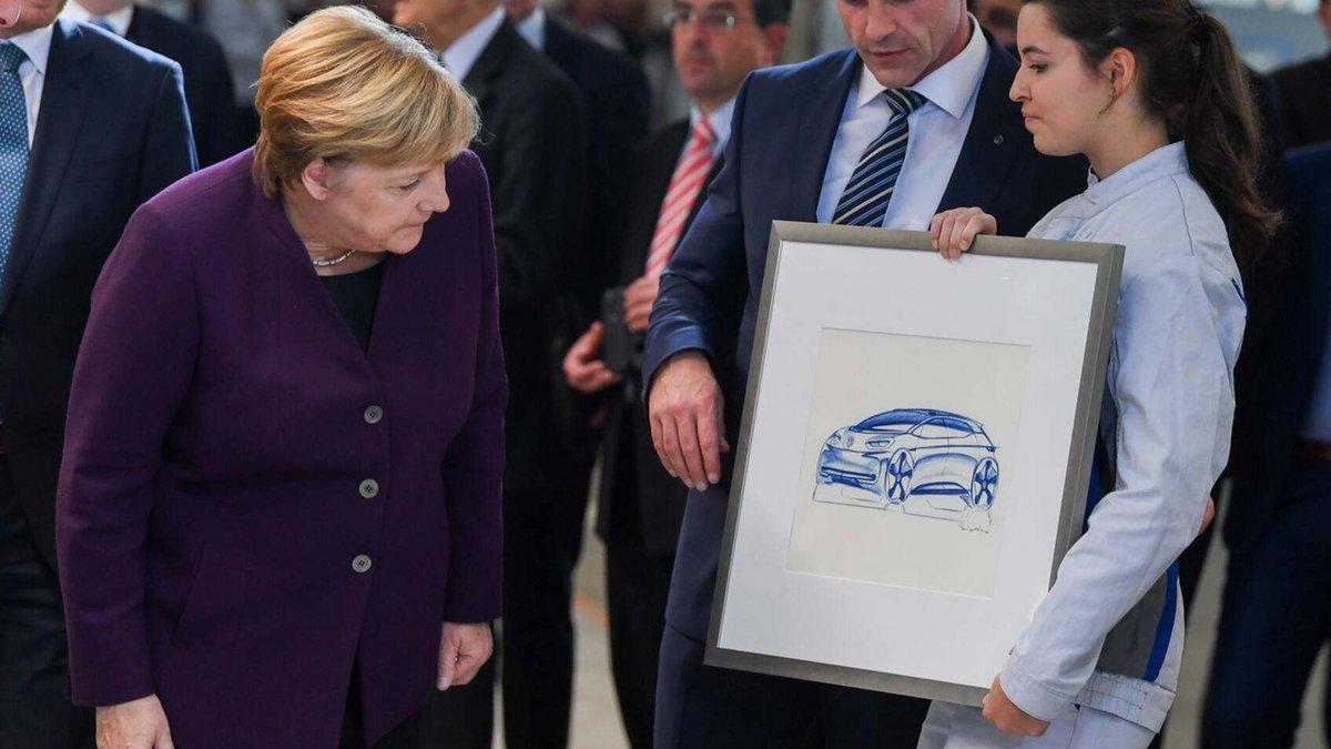 VW Volkswagen Merkel ID3