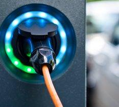 Voiture électrique : quelle solution de recharge choisir ?
