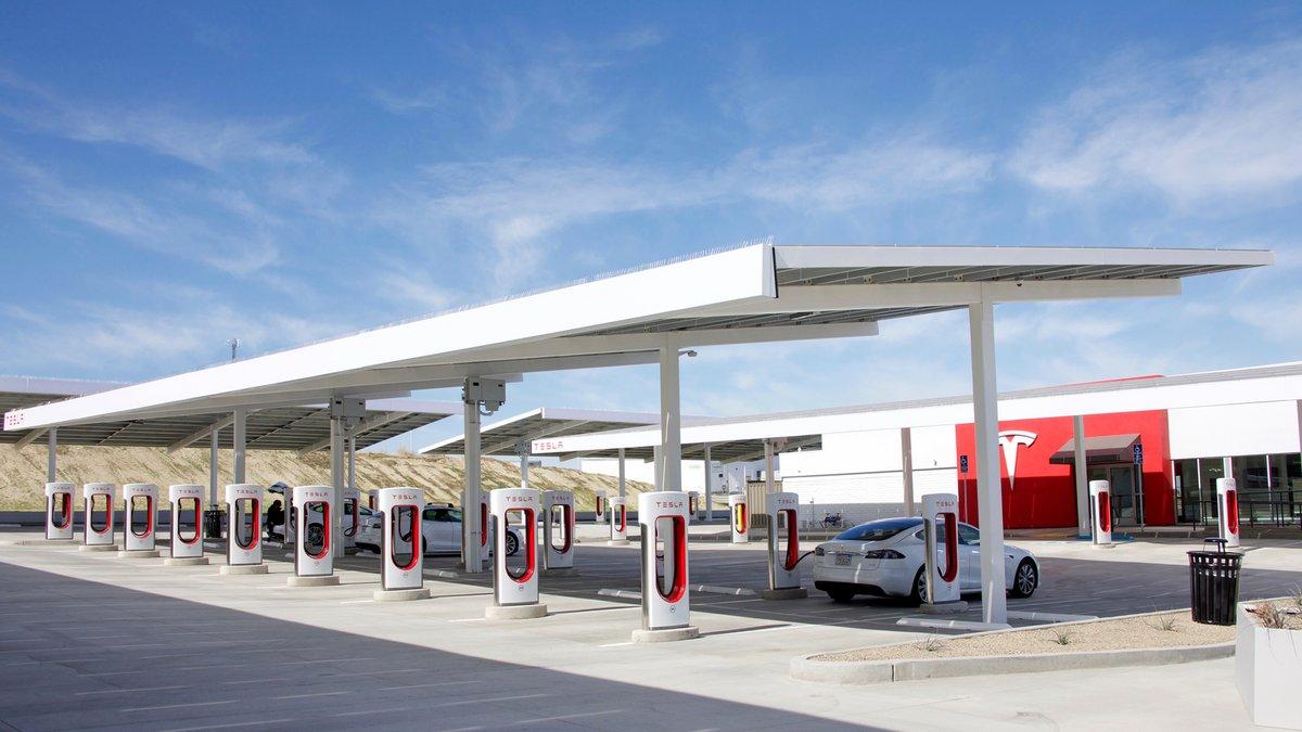 Tesla Superchargers © Sheila Fitzgerald / Shutterstock.com