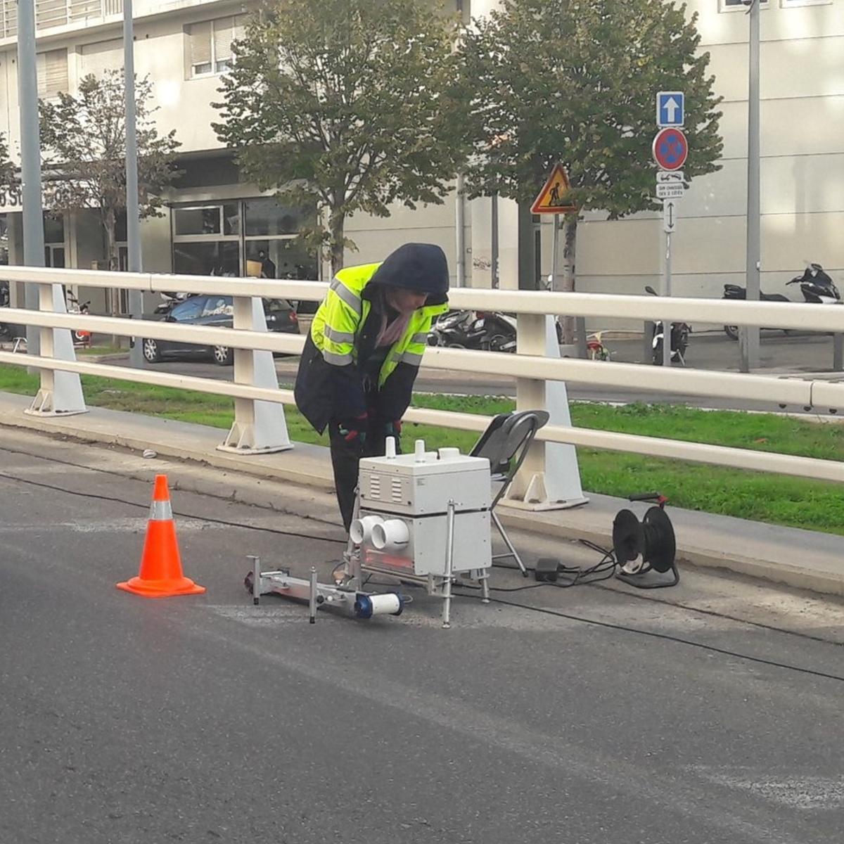 À Marseille, un radar en test mesure le niveau de pollution des véhicules