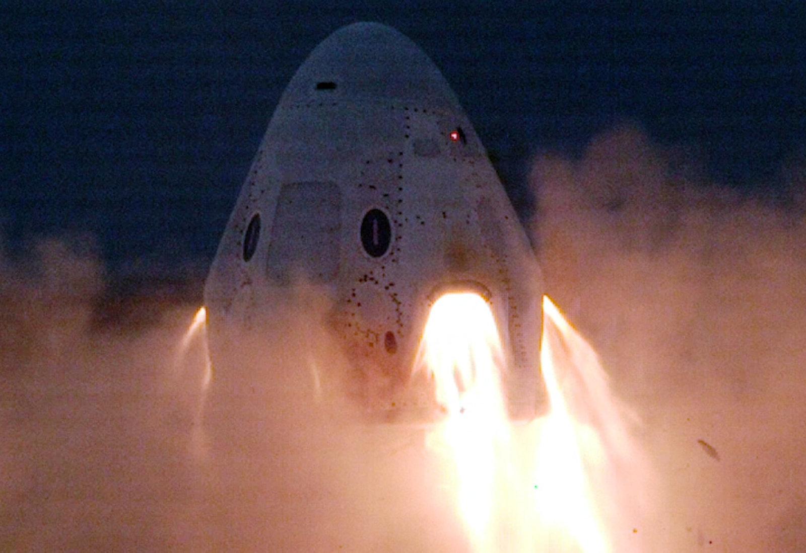 Nouvel essai réussi pour la capsule Crew Dragon de SpaceX
