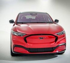 Mustang Mach-E : Ford lâche la cavalerie électrique… et ça va faire mal
