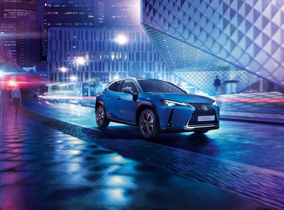 Lexus UX 300e_cropped_0x0