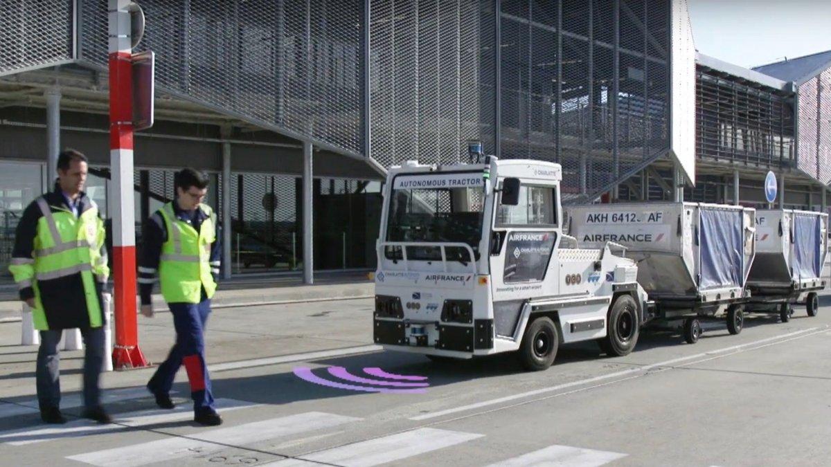 véhicule-bagages-autonome-2.jpg