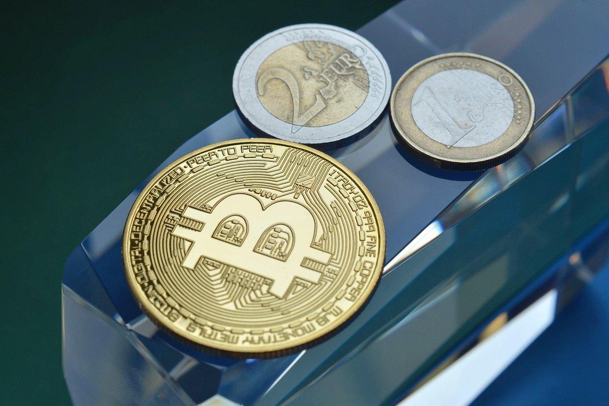 Le Bitcoin (BTC) est désormais la sixième monnaie mondiale