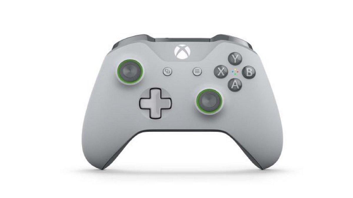 Idée cadeau de Noël : manette sans-fil Xbox One à 44,99€ et une chaussette de Noël offerte...