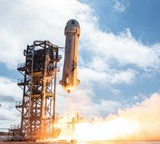 Blue Origin lance une vente aux enchères pour devenir le premier touriste spatial à bord de New Shepard
