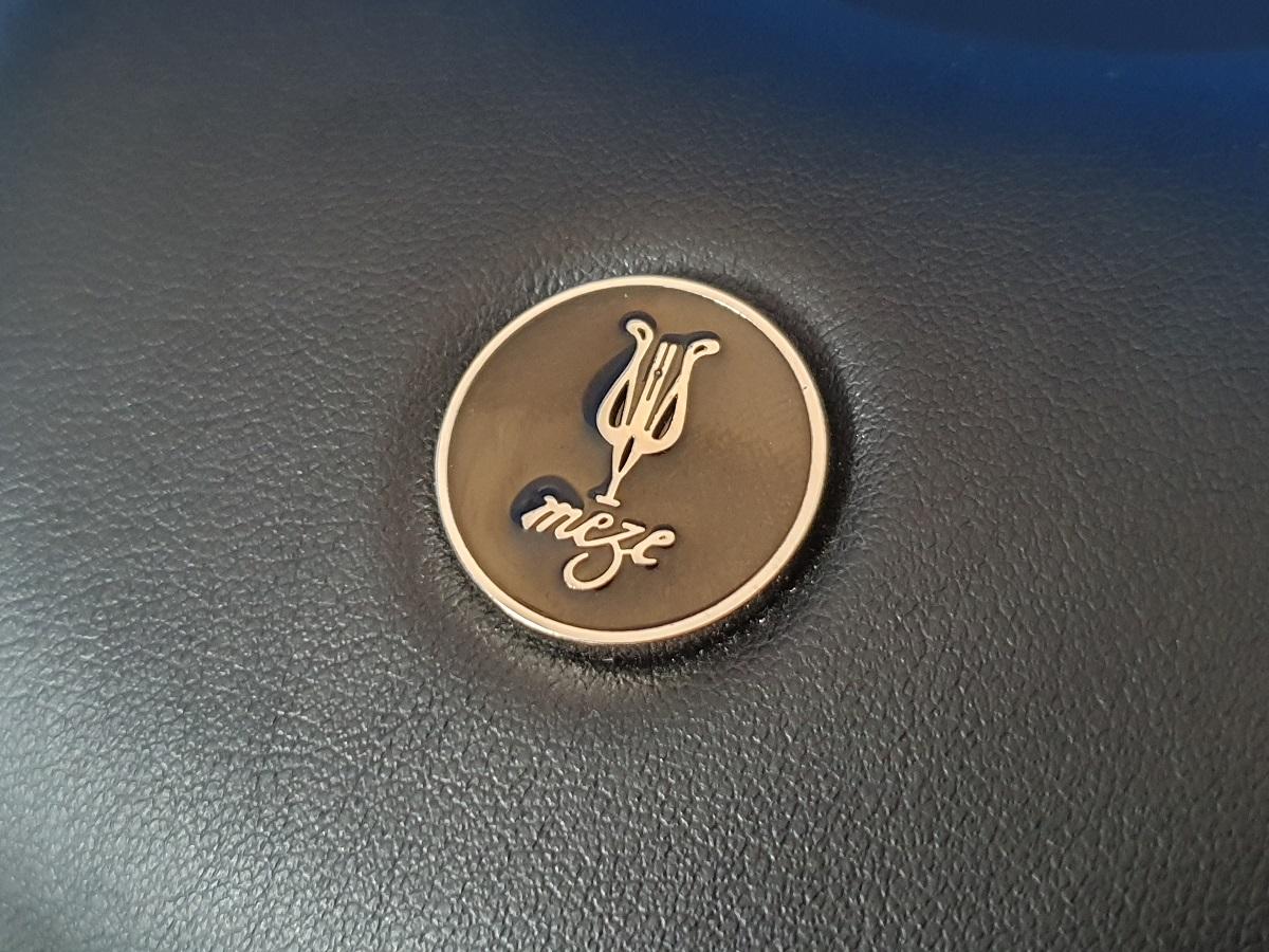 Meze 99 Classics - Logo