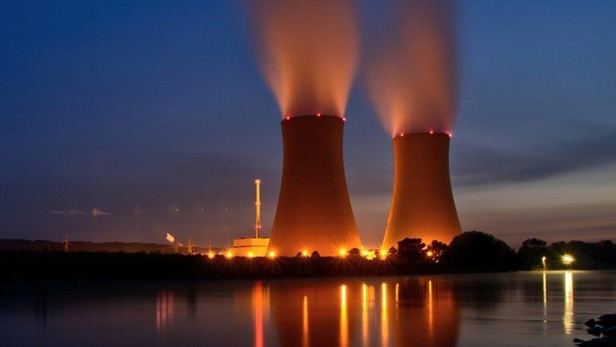centrale-nucléaire.jpg