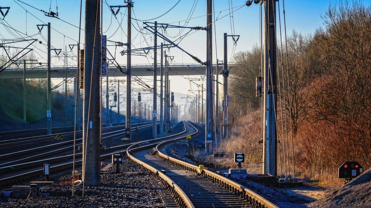 rail-voie.jpg