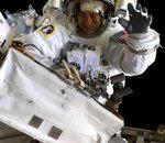 Les astronautes Koch et Meir changent les batteries de l'ISS dans des conditions difficiles