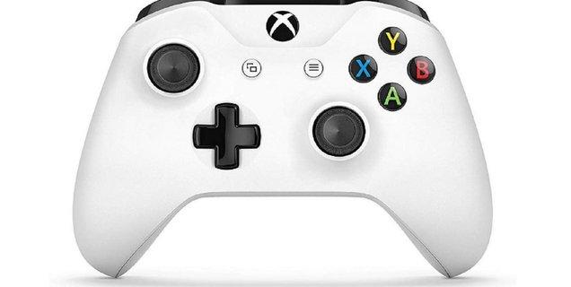 Soldes Fnac : La manette Xbox One Microsoft à petit prix pour les soldes d'été !