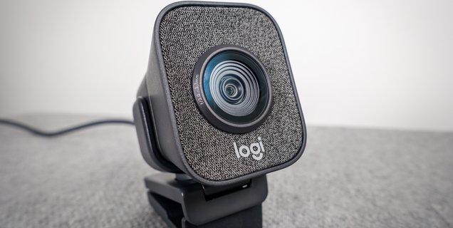 Test Logitech StreamCam, la caméra ultime pour travailler à la maison ?