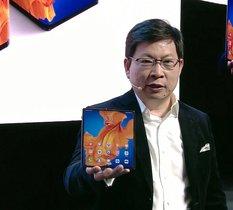 Huawei présente le Mate Xs : son smartphone pliant sera disponible en mars pour 2499€