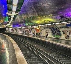 Vidéosurveillance intelligente : les expérimentations dans le métro parisien font polémique