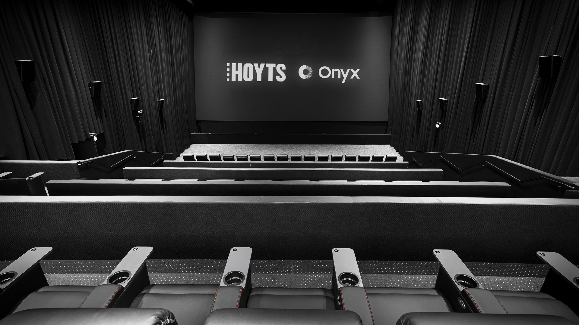 Samsung et Hoyst collabore pour proposer le premier écran LED de cinéma en Australie
