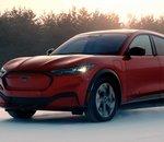 La Ford Mustang Mach-E se montre dans la neige pour ses tests d'hiver