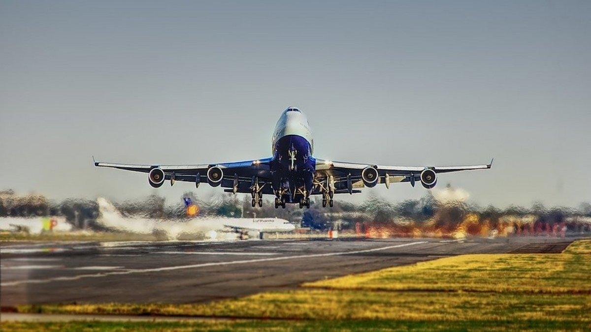 decollage-avion-aeroport.jpg © Pixabay