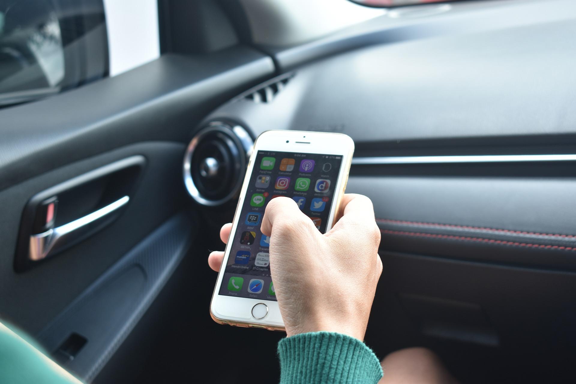 iOS 13.4.5 nous renseigne sur l'iPhone 9 avec Touch ID, CarKey et le mode Express Transit