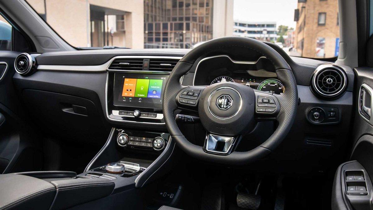 MG ZS EV interieur © Motor1.com