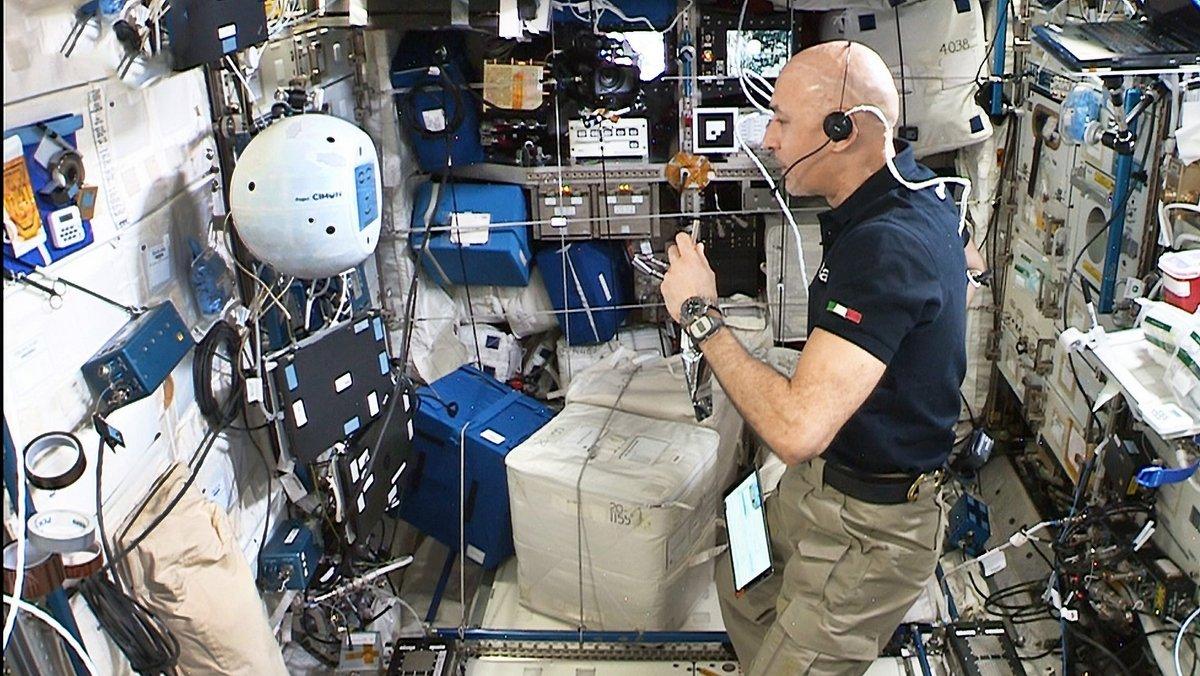 CIMON Luca Parmitano astronaute ISS ©NASA/ESA