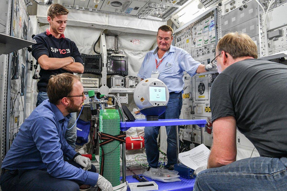 CIMON Airbus Test Robot ©DLR