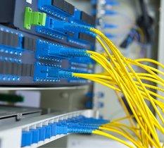 Abonnements et déploiement : la fibre optique a vécu une année 2020 historique !