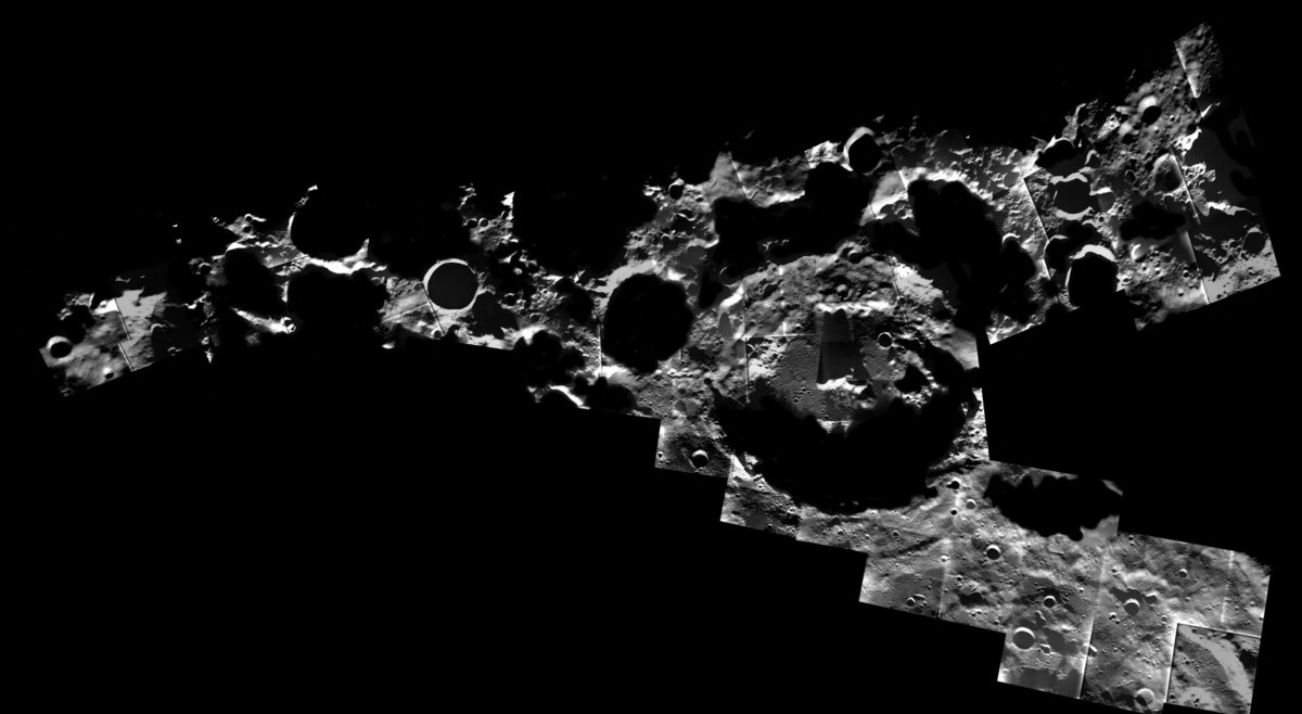 Cratère Lune pôle Sud sombre © ESA/SMART-1/AMIE camera team; image mosaic: M. Ellouzi/B. Foing, CC BY-SA 3.0 IGO
