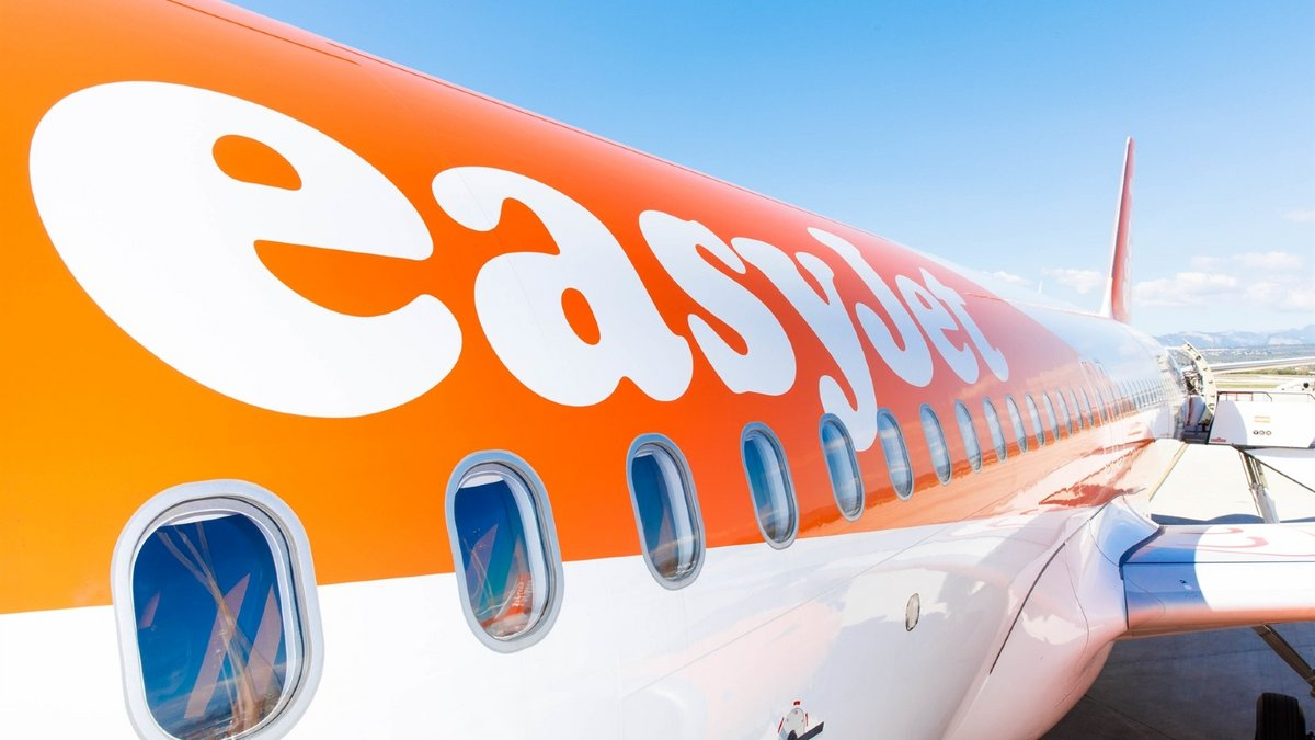 Avion logo easyJet ©© easyJet