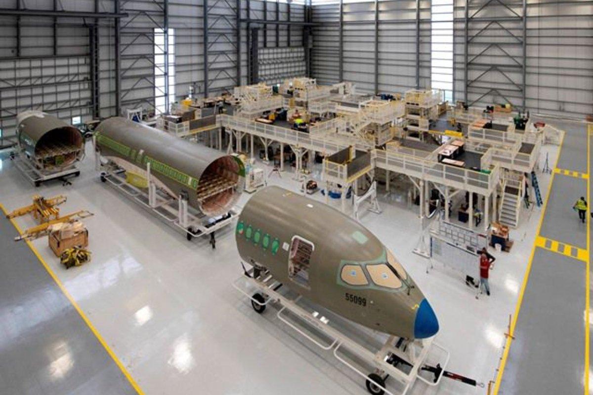 A220 production ©Tad Denson - Airwind.com / Airbus