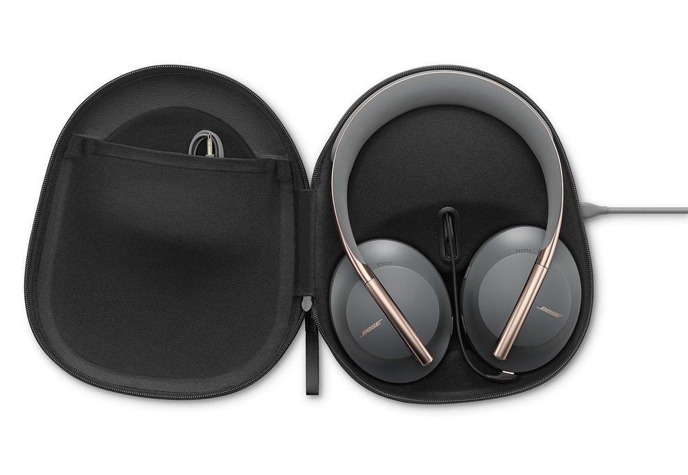 Bose Headphones 700 eclipse bundle (4).jpg