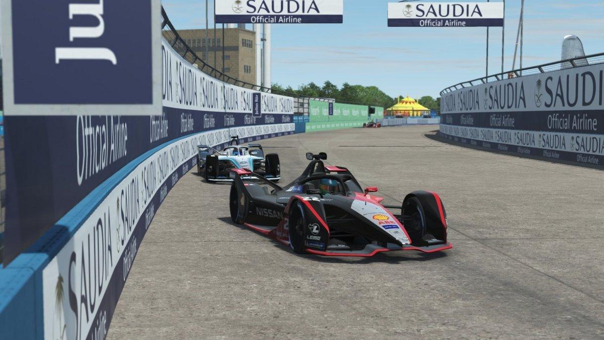 Olivier Rowland Formula E en ligne © Courtesy of Formula E