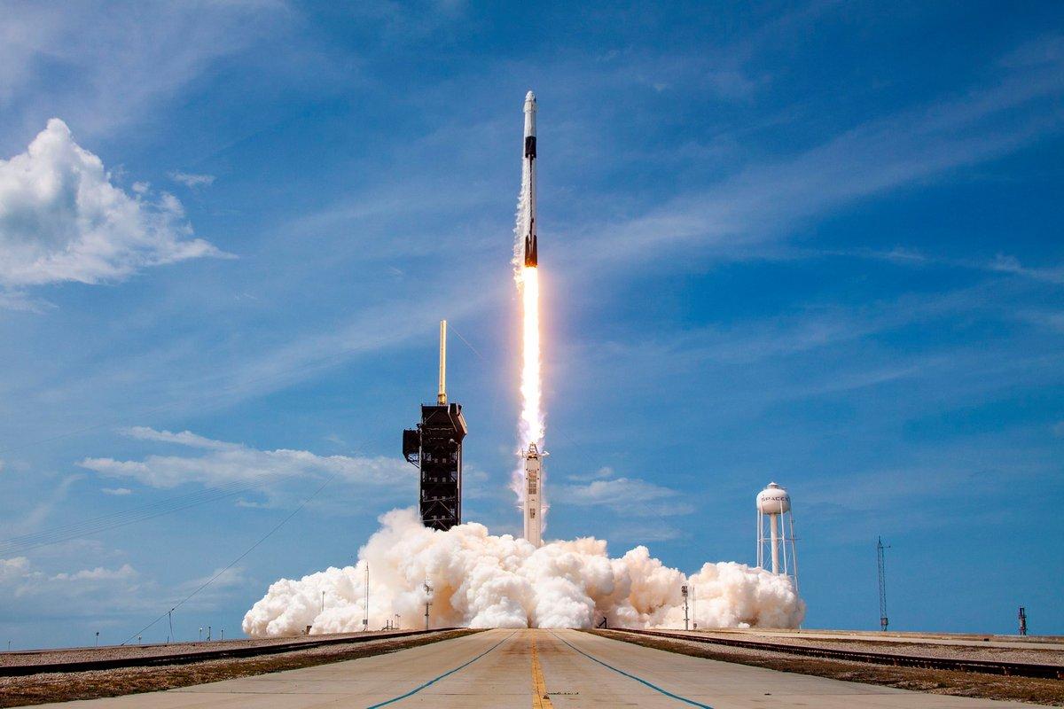 Crew Dragon DM2 Falcon 9 Décollage © SpaceX