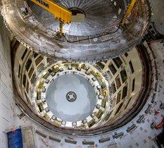 ITER : le premier élément du tokamak est installé